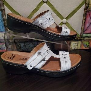 Clark's Soft Cushion White Slides Sandals 8.5 M  C